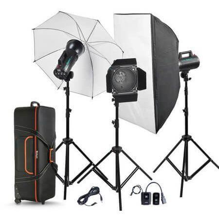 Kit-de-Iluminacao-com-3-Flashes-de-300W--900W-