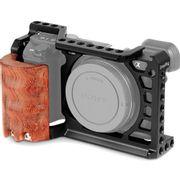 Kit-Gaiola-Cage-SmallRig-2097-com-Punho-Handgrip-de-Madeira-para-Sony-a6500